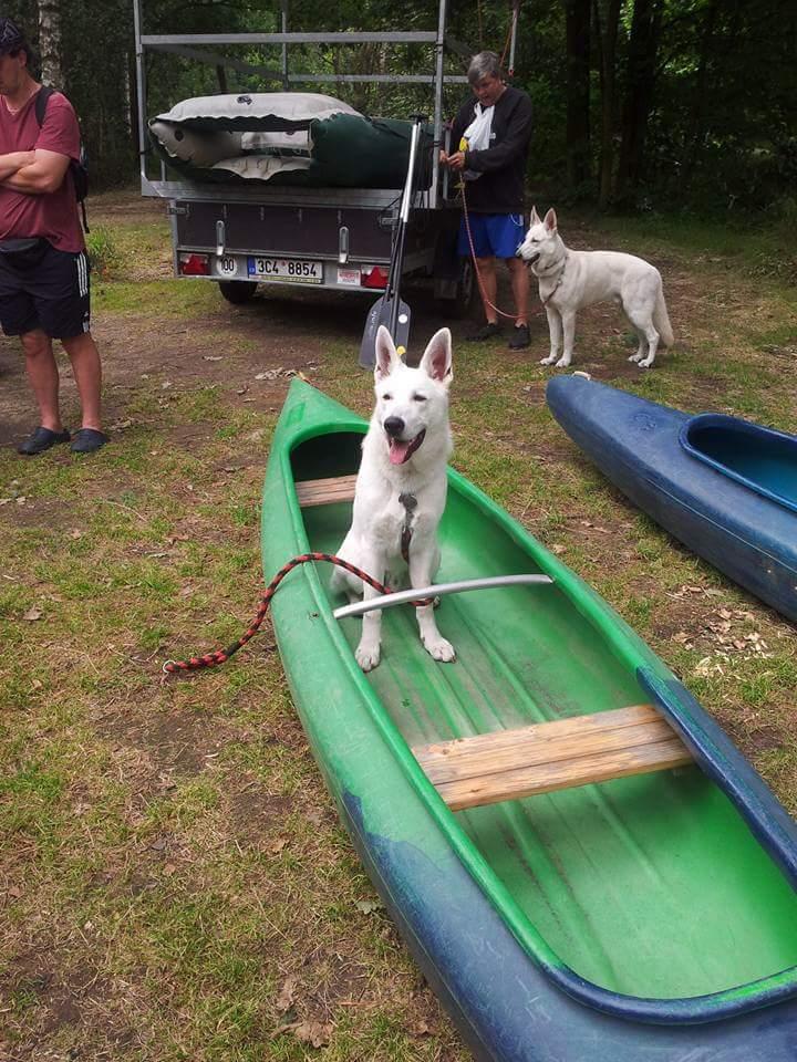 pes v kanoe