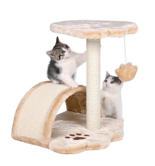 Odpočívadlo se škrabadlem pro kočky Trixie Vitoria béžová 43cm