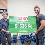 Nemocným pejskům z Azylu Skřivany jsme předali 51 538 Kč